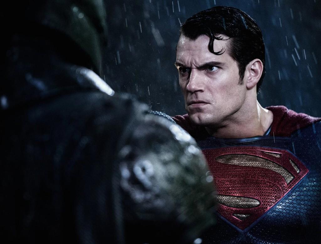 Batman-v-Superman-Featured1