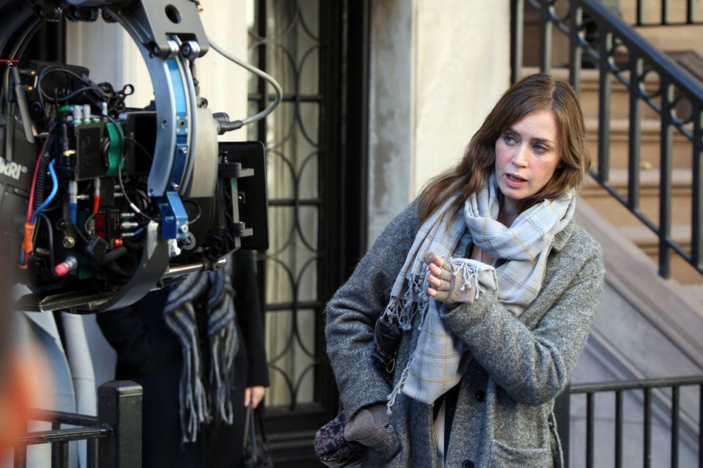 Emily-Blunt-seen-filming-her-latest-movie-project-Girl-on-the-Train